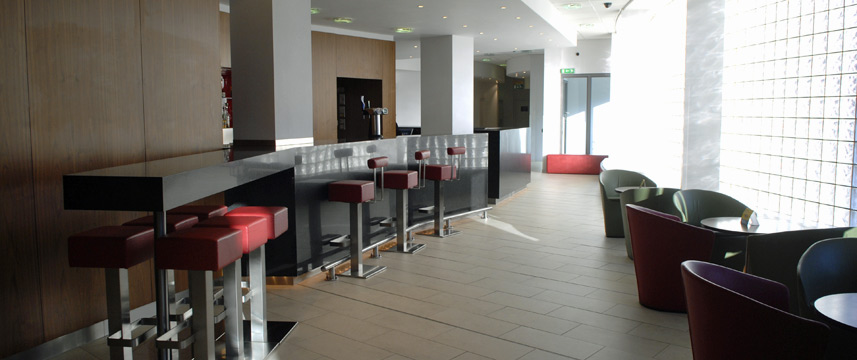 Holiday Inn Express London City - Bar Seating