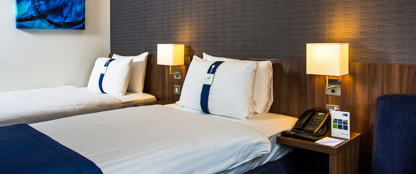 Holiday Inn Express London Earls Court - Twin Bedroom