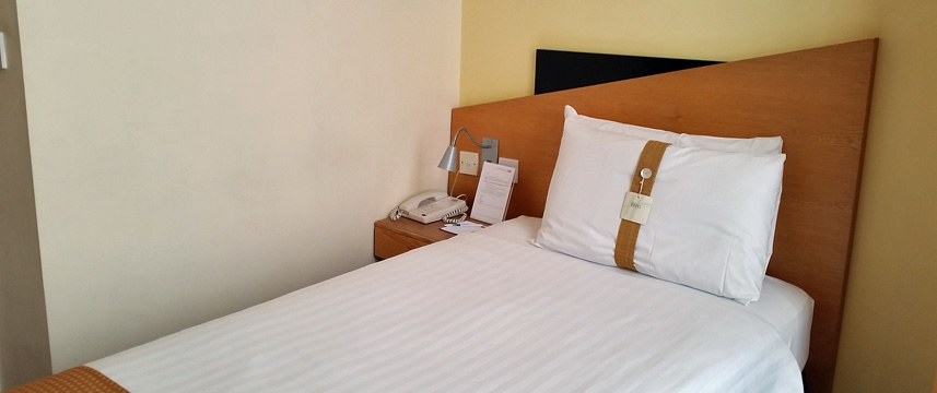 Holiday Inn Express London Victoria - Single