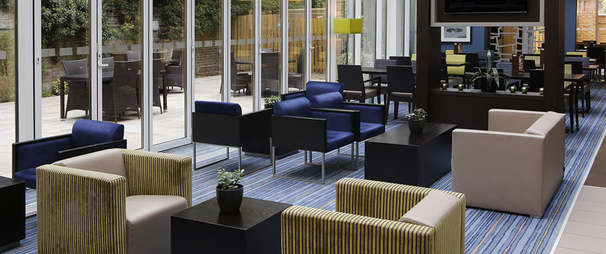 Holiday Inn Express Windsor - Lounge