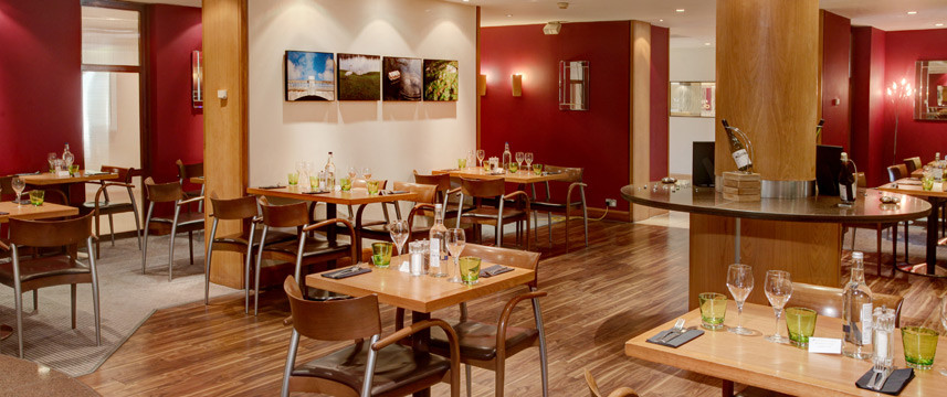 Holiday Inn London - Gatwick Airport - Restaurant