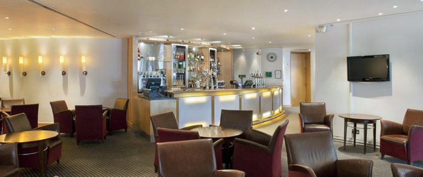 Holiday Inn London Heathrow Ariel - Bar