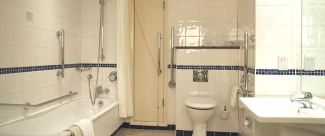 Holiday Inn London Regents Park - Bathroom