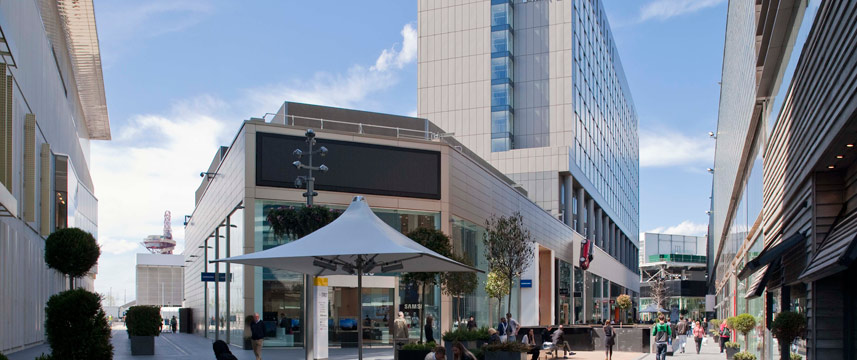 Holiday Inn London Stratford City - Exterior