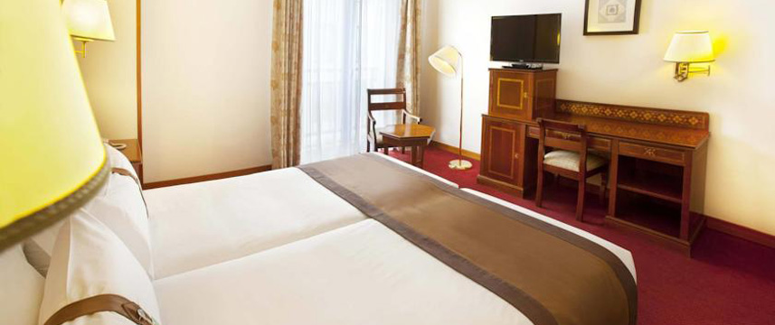 Holiday Inn Madrid Calle Alcala Bedroom