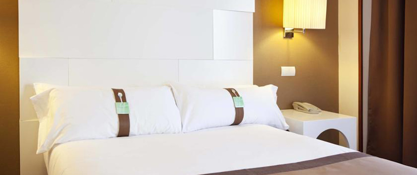 Holiday Inn Madrid Calle Alcala Double Bedroom
