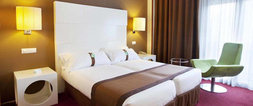 Holiday Inn Madrid Calle Alcala Twin Bedroom