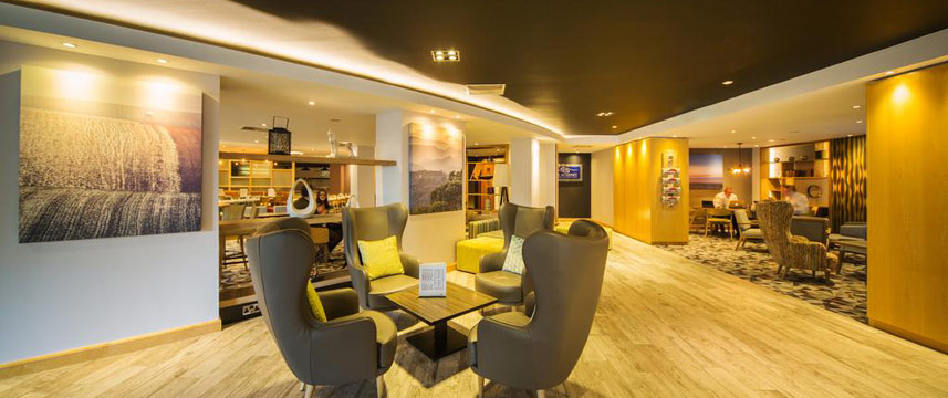 Holiday Inn Reading South M4 Jct11 - Bar Seating