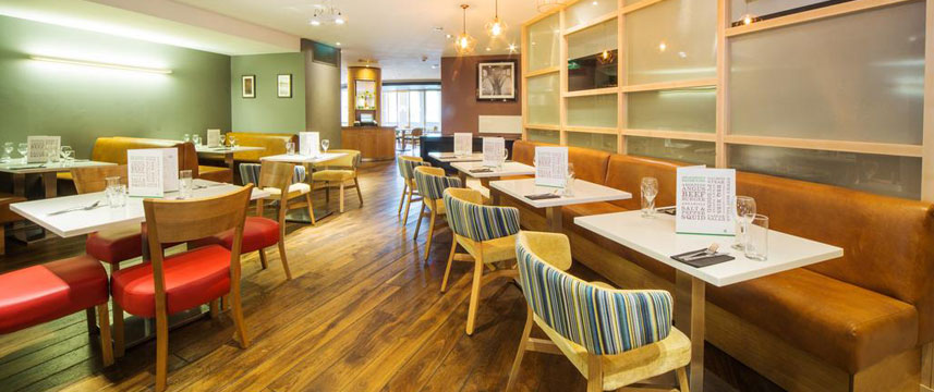Holiday Inn Reading South M4 Jct11 - Dining Tables