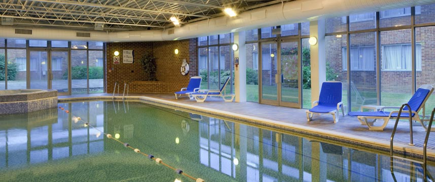 Holiday Inn Reading South M4 Jct11 - Pool