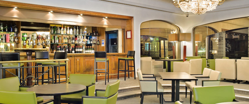 Holiday inn London Mayfair Bar