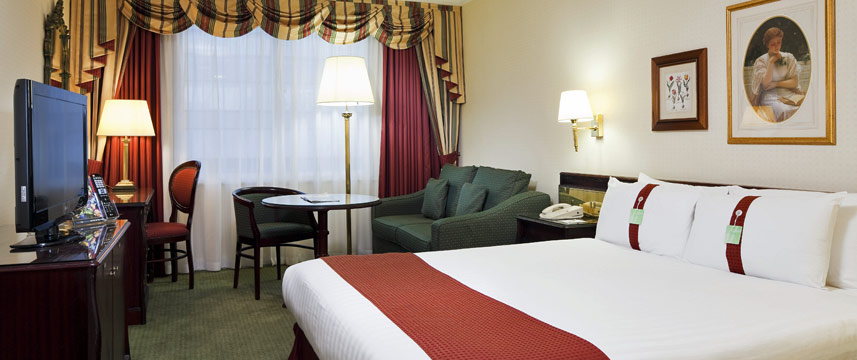 Holiday inn London Mayfair Queen Room