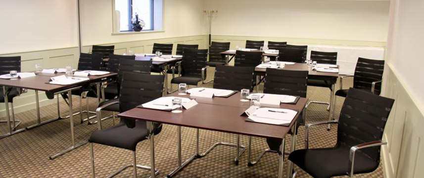Hotel 53 - Conference Room