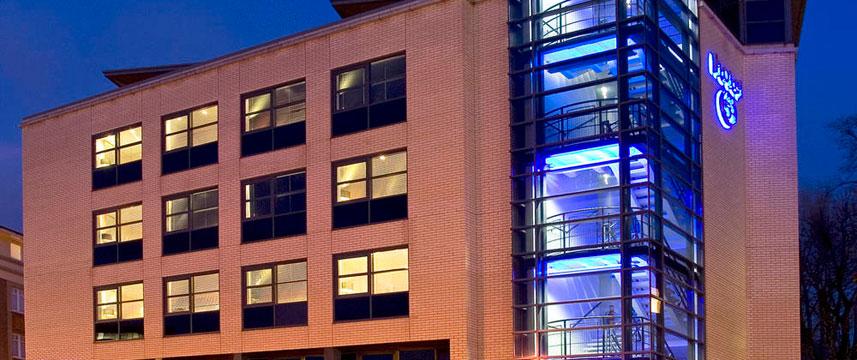 Hotel 53 - Exterior