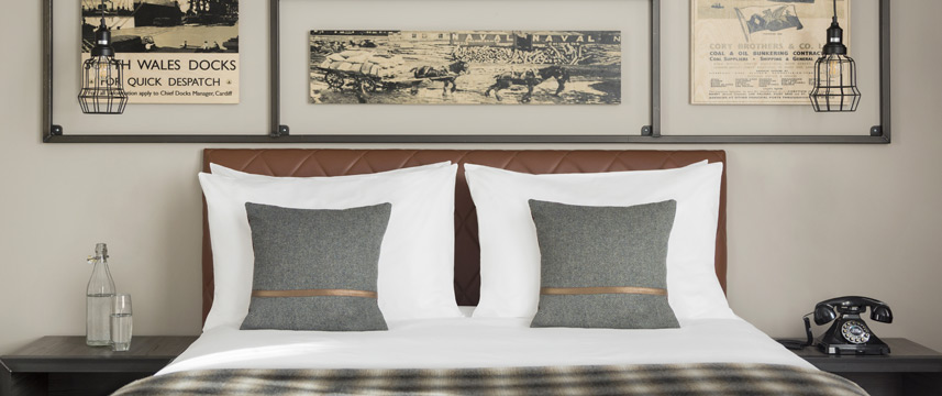 Hotel Indigo Cardiff - Superior Queen Bed