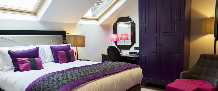 Hotel Indigo London Earls Court Superior King Room