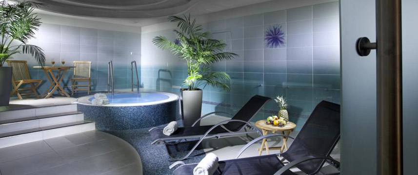 Hotel paris prague 1 2 price with hotel direct for Hotel paris jacuzzi