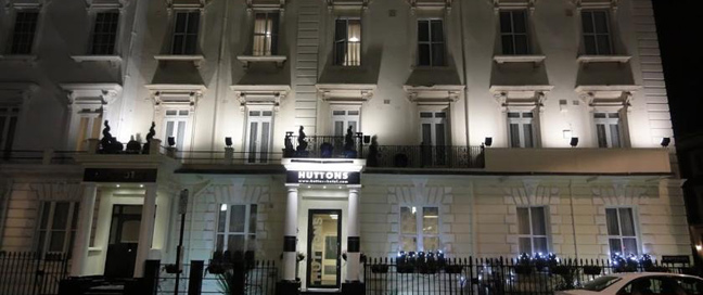Huttons Hotel - Exterior Night
