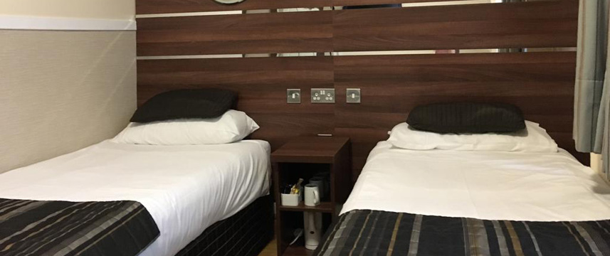 Huttons Hotel - Huttons Twin Beds