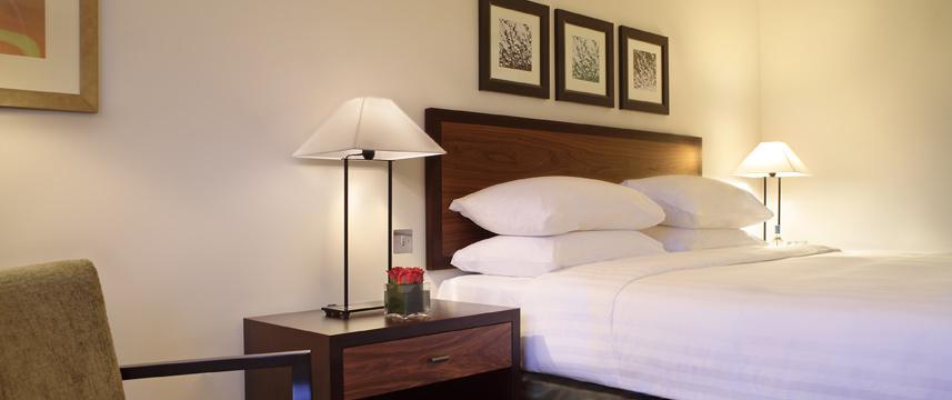 Hyatt Regency Churchill - Guest Room