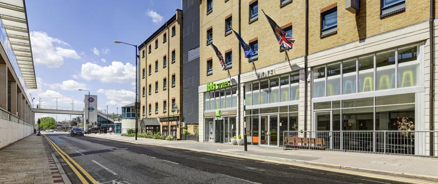 Ibis Styles London Excel - Exterior View