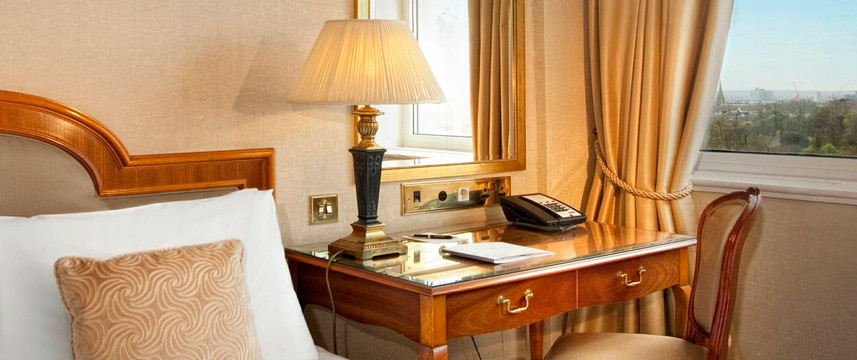 Lancaster London - Bedroom view of Hyde Park
