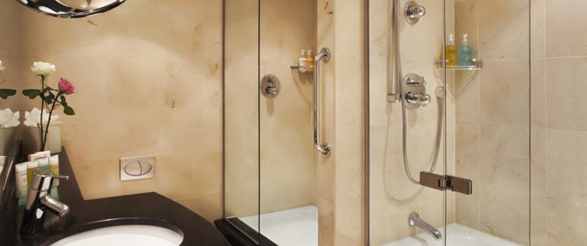 Mandeville - Bathroom