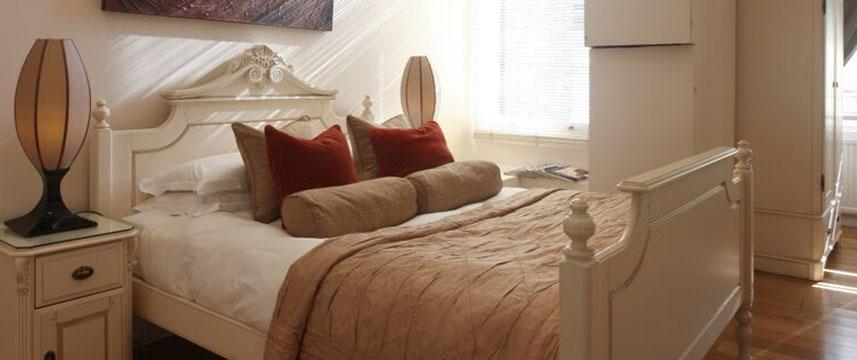 Mayflower Hotel - Luxury Double