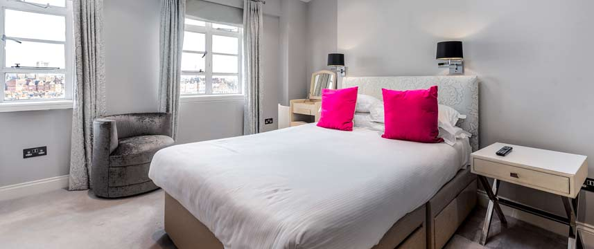Nell Gwynn House Apartments - Double Bedroom