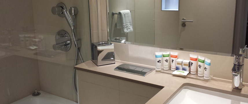 Norfolk Towers Paddington Hotel - Bathroom Facilities
