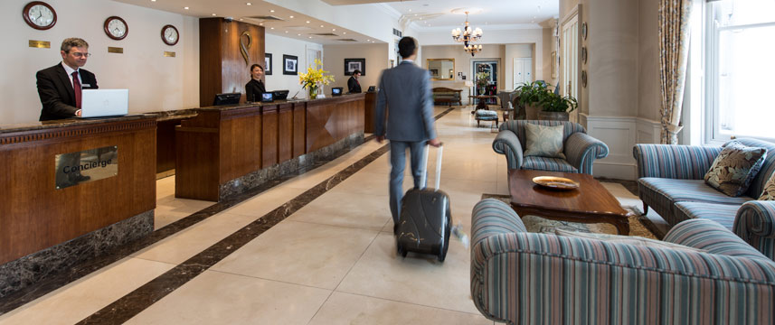 Park International Hotel - Lobby