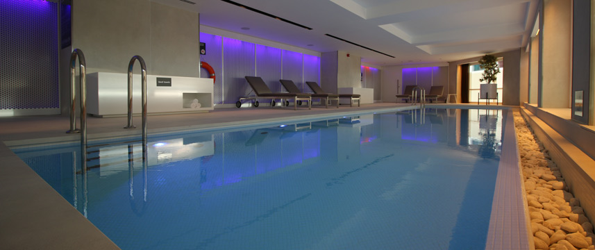 Park Plaza London Riverbank - Swimming Pool