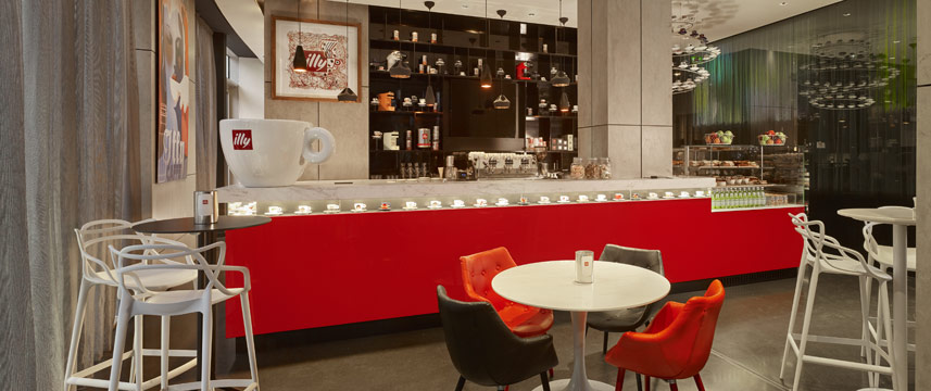 Park Plaza London Waterloo - Illy Cafe