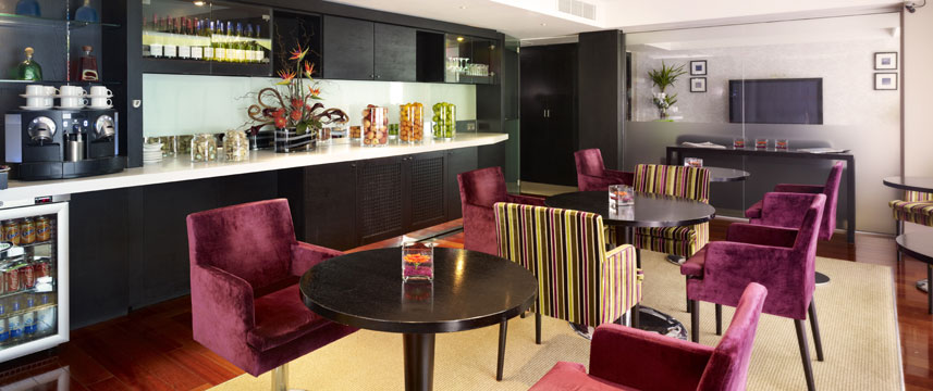 Park Plaza Riverbank London Executive Lounge