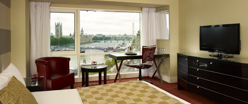 Park Plaza Riverbank London Executive Room