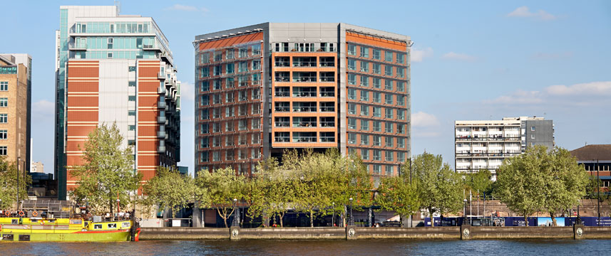 Park Plaza Riverbank London Exterior