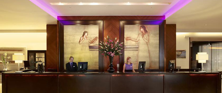 Park Plaza Riverbank London Reception