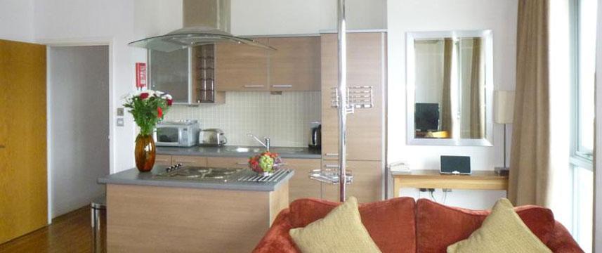 Premier appartments nottingham 28 images premier for Living room nottingham