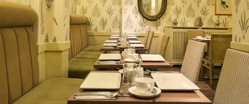 Princes Square Hotel - Breakfast Tables