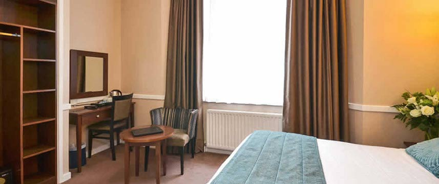 Princes Square Hotel - Double Bedroom