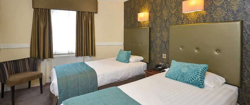 Princes Square Hotel - Twin Bedroom