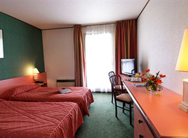 Quality Hotel Golf Rosny-Sous-Bois (East of Paris)