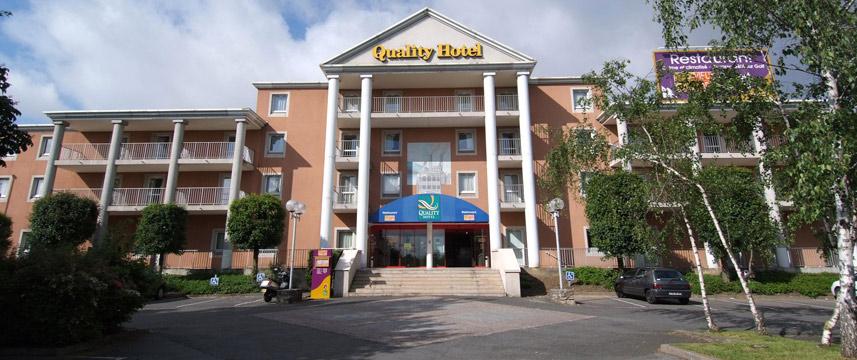 QUALITY HOTEL GOLF ROSNYSOUSBOIS (EAST OF PARIS)  54% off  Hotel