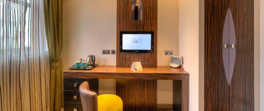 Quality Maitrise Hotel Television