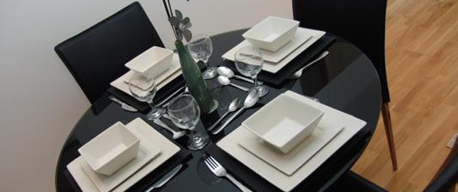 Quay Apartments Manchester - Dining Table