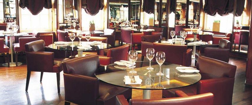 Radisson Blu Edwardian Berkshire - Restaurant Tables