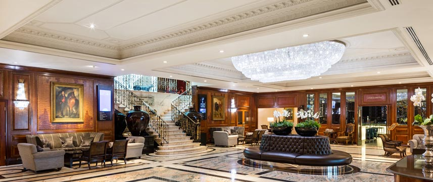 Radisson Blu Edwardian Heathrow - Lobby