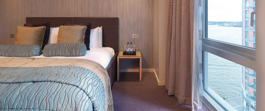 Radisson Edwardian Providence Wharf One Bedroom Suite