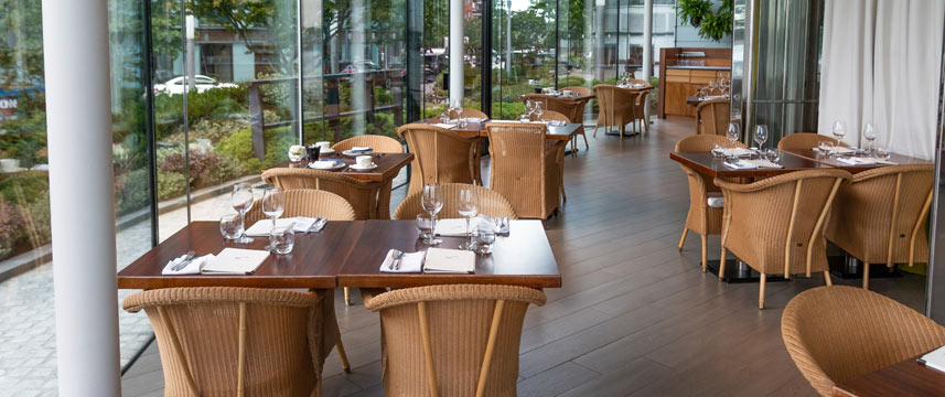 Radisson Edwardian Providence Wharf Restaurant Tables