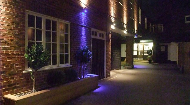 Ramada Crawley Gatwick - Exterior Night